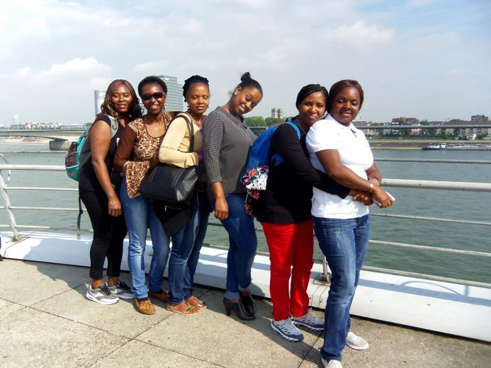 Frauen Netzwerk Africa Positive